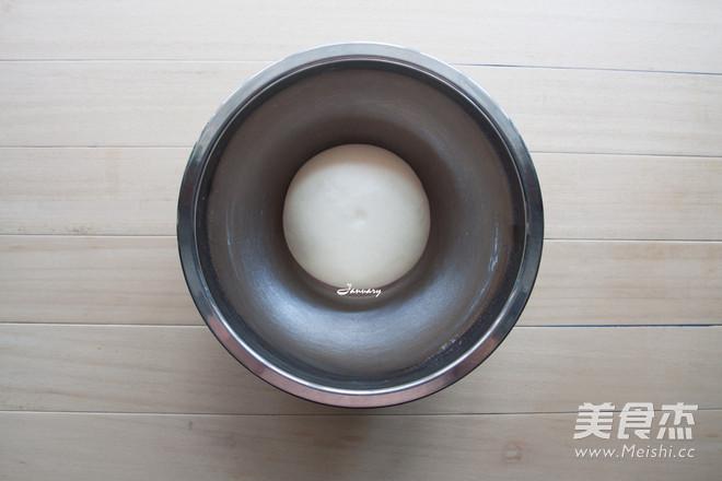 炼奶椰蓉小面包的简单做法