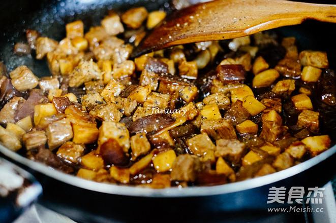 黑椒杏鲍菇牛肉粒怎么煮