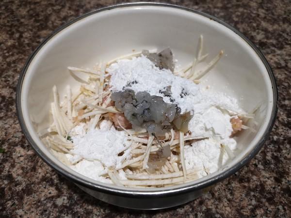 芋头鲜虾肉糕怎么吃