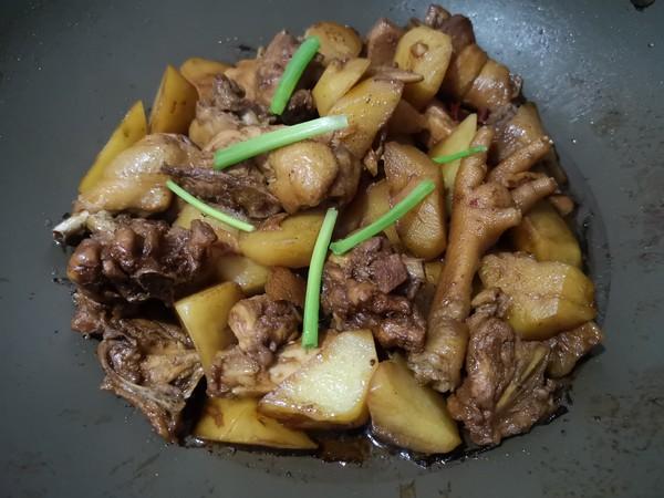 土豆焖鸡怎么煮