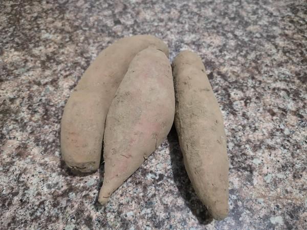 电饭锅版烤红薯的做法大全
