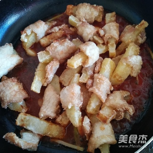 土豆炸里脊肉怎么做