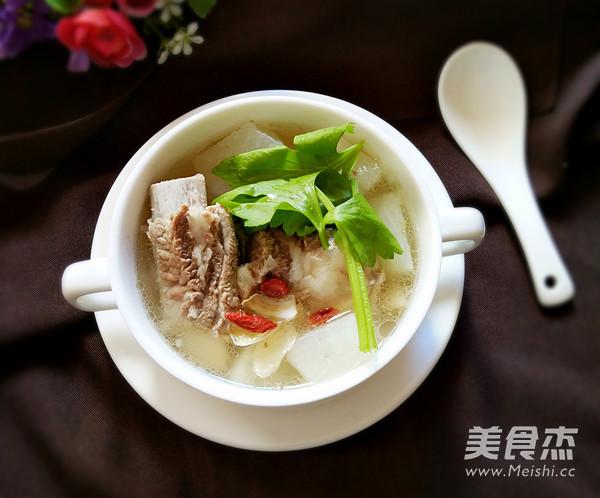 白萝卜排骨百合汤怎么吃