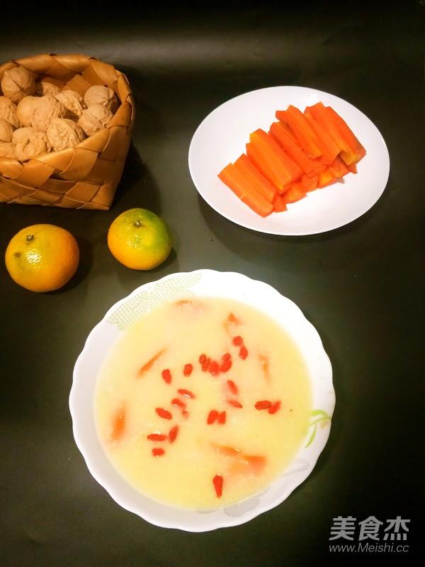 山药红萝卜小米粥的步骤