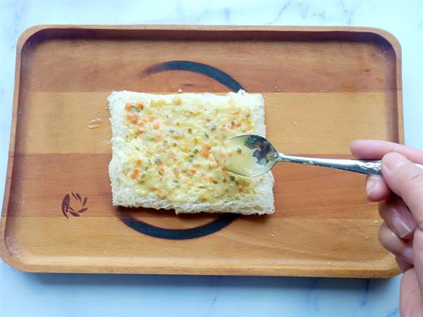 培根鸡蛋三明治的步骤