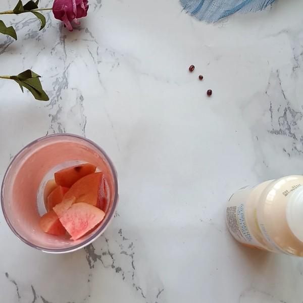 鲜桃养力多的简单做法