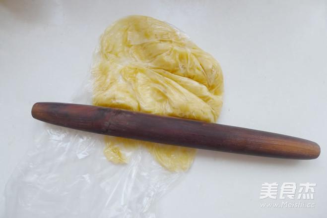 椰蓉香蕉蛋糕的家常做法