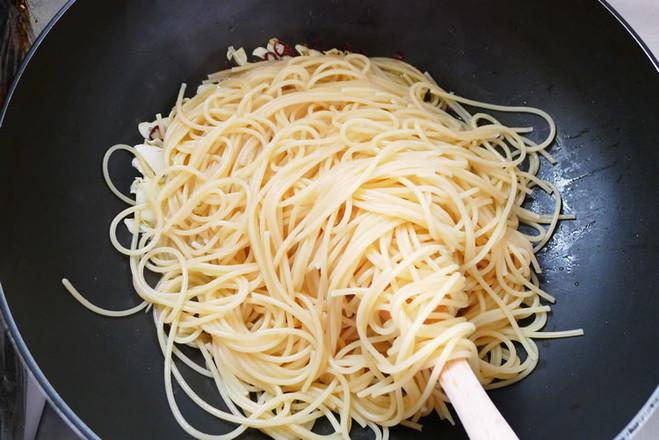 橄榄油蒜香意面的简单做法