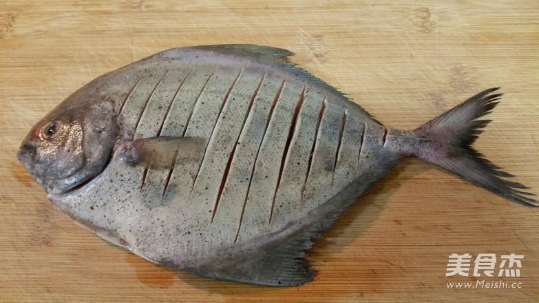 煎鱼不破皮的简单方法怎么吃