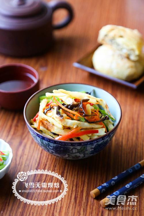 蔬菜炒饼成品图