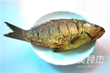 秘制香酥鲫鱼怎么煮