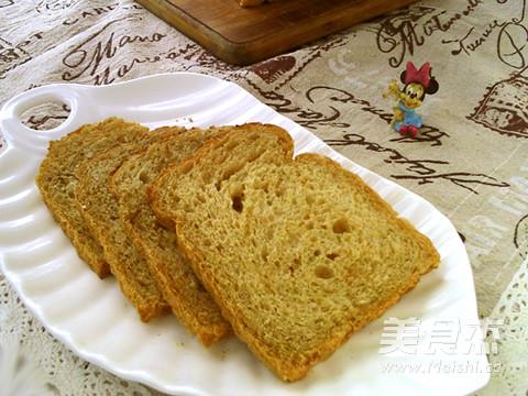 超级杂粮面包成品图