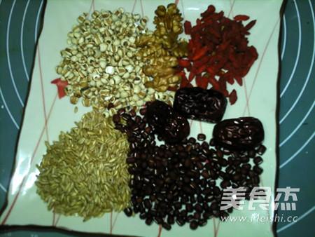 枣杞核桃燕麦薏米红豆浆的做法大全