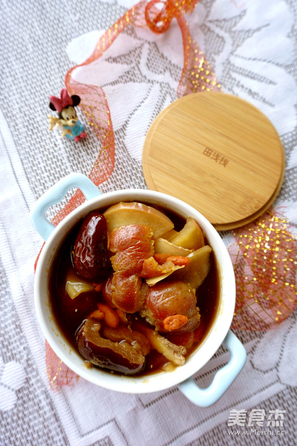 姜枣山楂苹果汤成品图