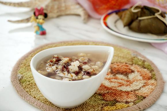 粽子薏米粥成品图