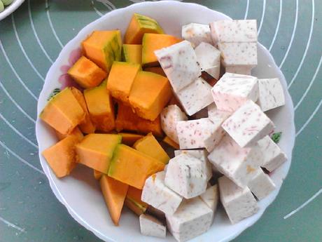 南瓜香芋煲的家常做法