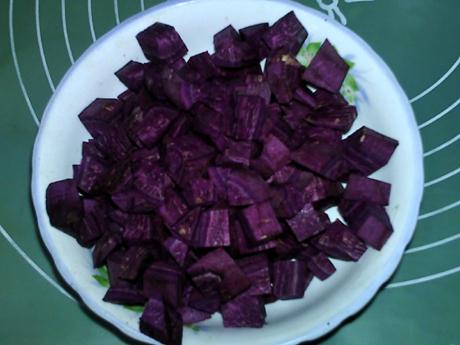 紫薯小米粥的家常做法