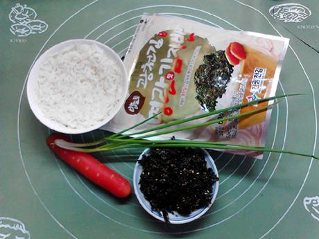 海苔胡萝卜炒饭的做法大全