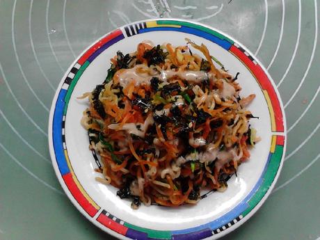 银鱼海苔胡萝卜炒方便面怎样炖