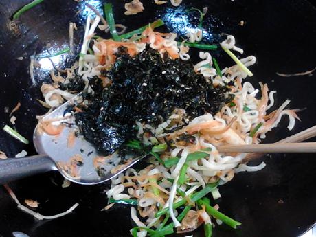 海味胡萝卜炒方便面怎样炒