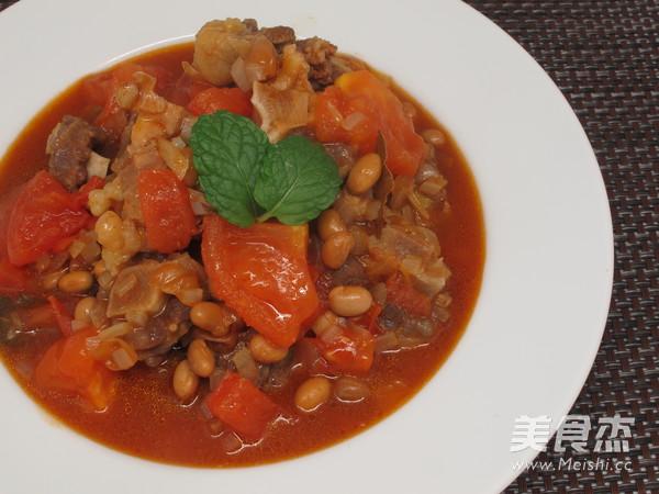 冬季来一碗暖暖的番茄黄豆焖牛尾的简单做法