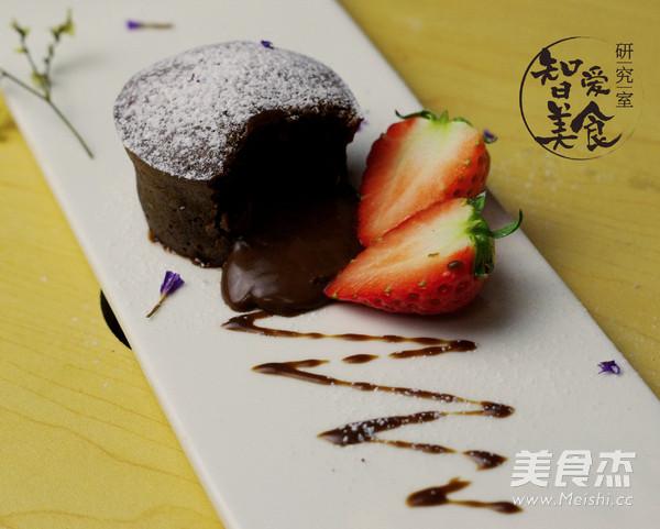 情人节熔岩巧克力蛋糕成品图