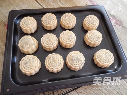 广式五仁月饼怎样煸