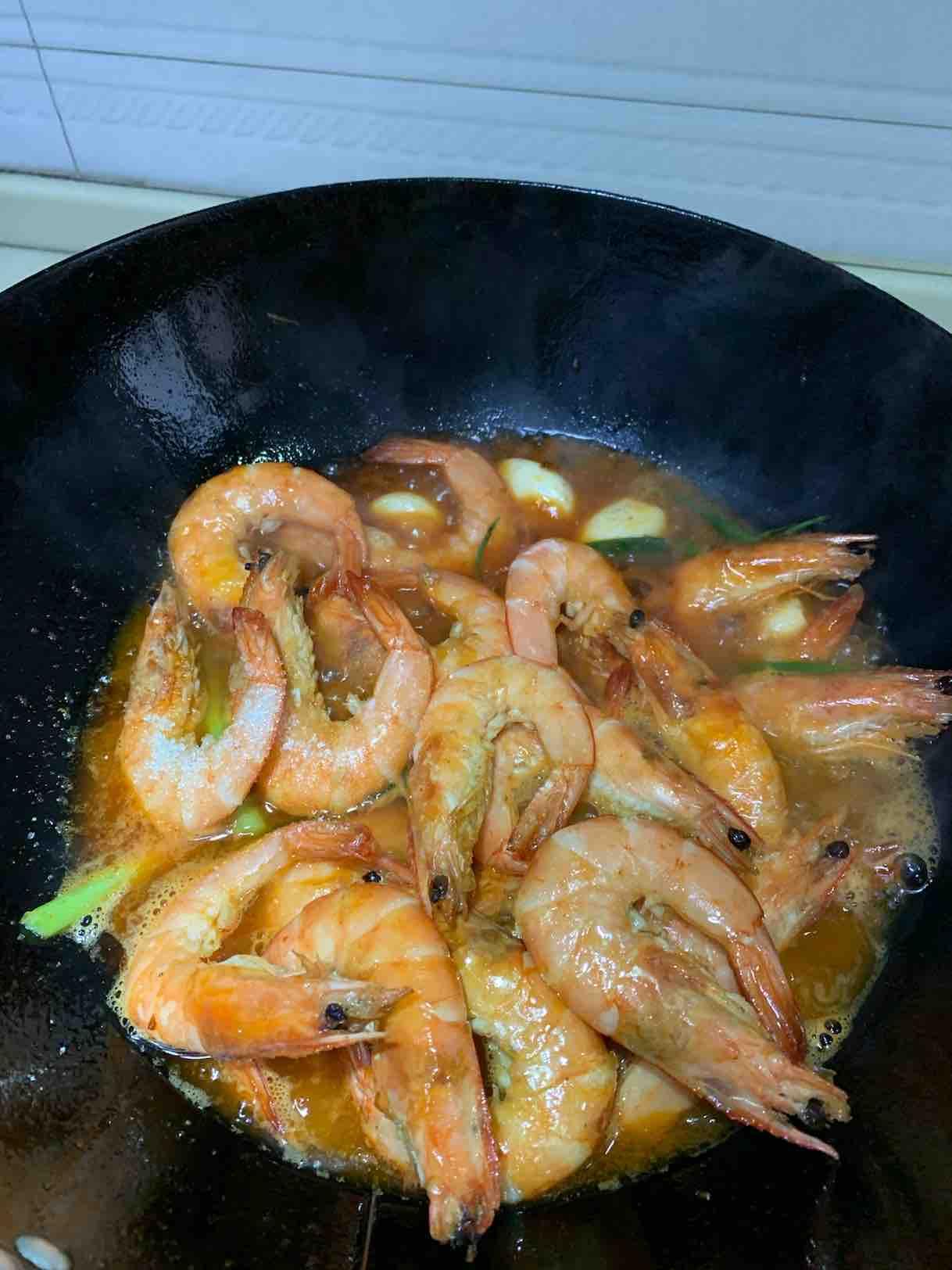 酱香海鲜大虾怎么吃