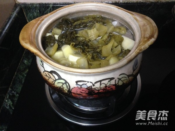 酸菜土豆排骨煲怎么炒