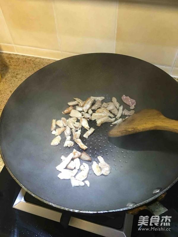 家常蒜苗炒肉丝的简单做法