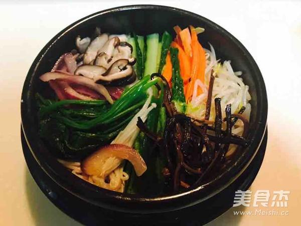 石锅牛肉拌饭的简单做法