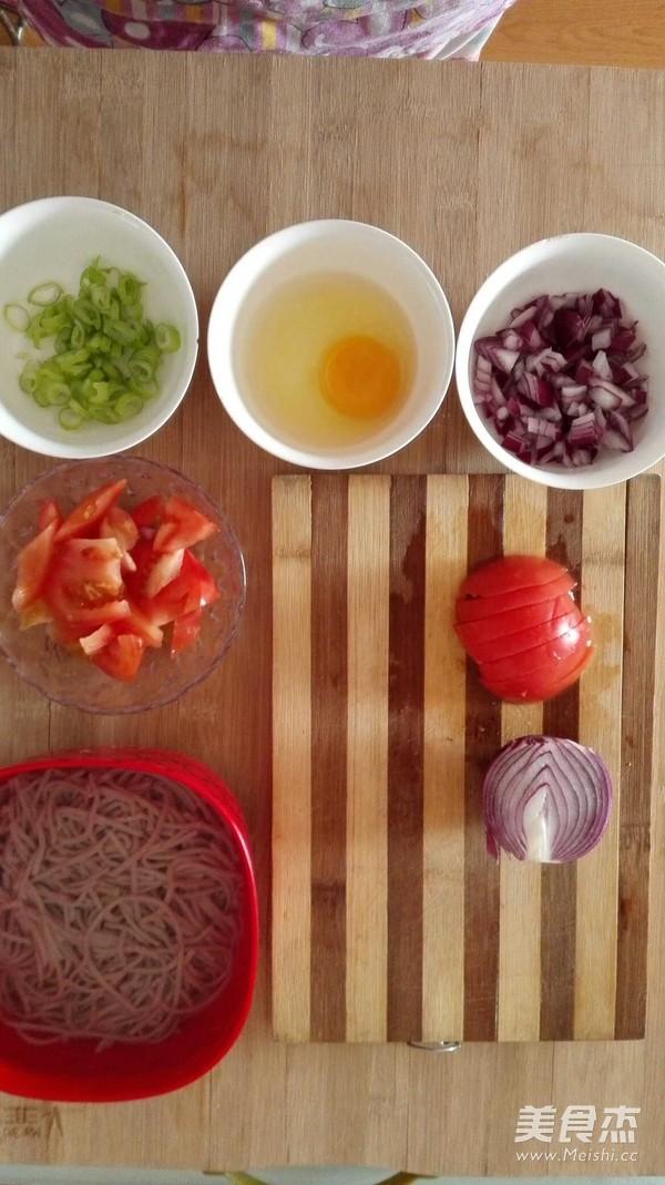 西红柿鸡蛋炒面的家常做法