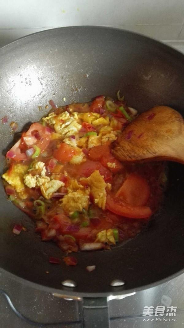 西红柿鸡蛋炒面怎么煮