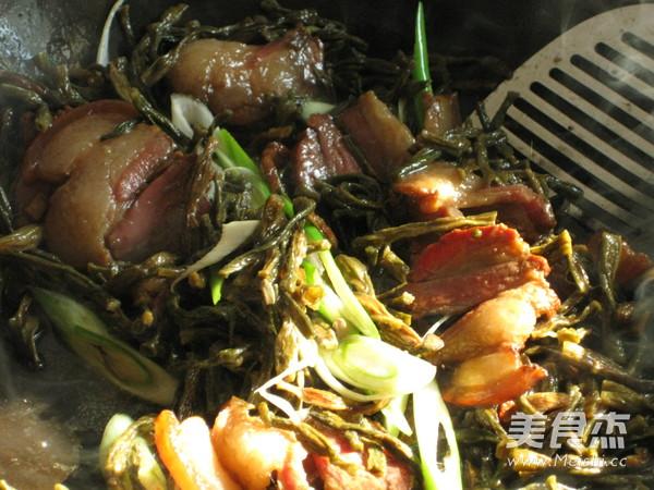腊肉焖干豇豆怎样炒