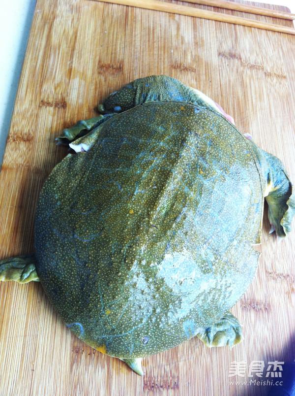 甲鱼炖排骨的做法大全