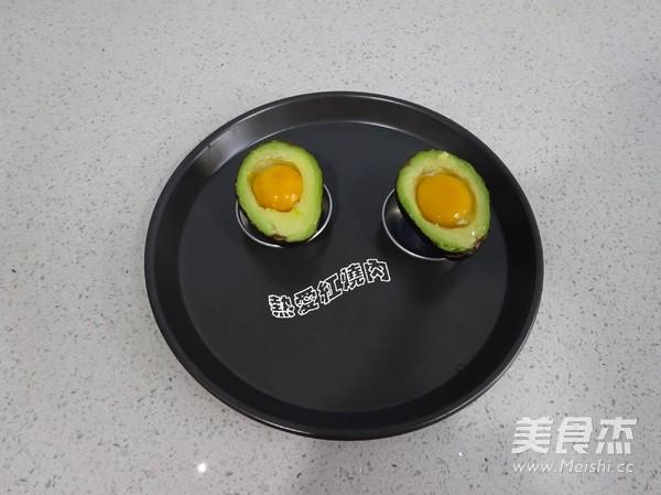 ——牛油果烤蛋怎么吃
