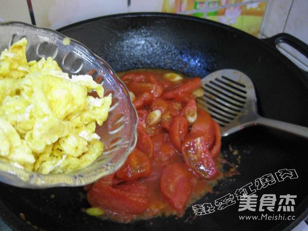鸡蛋炒西红柿怎样煸