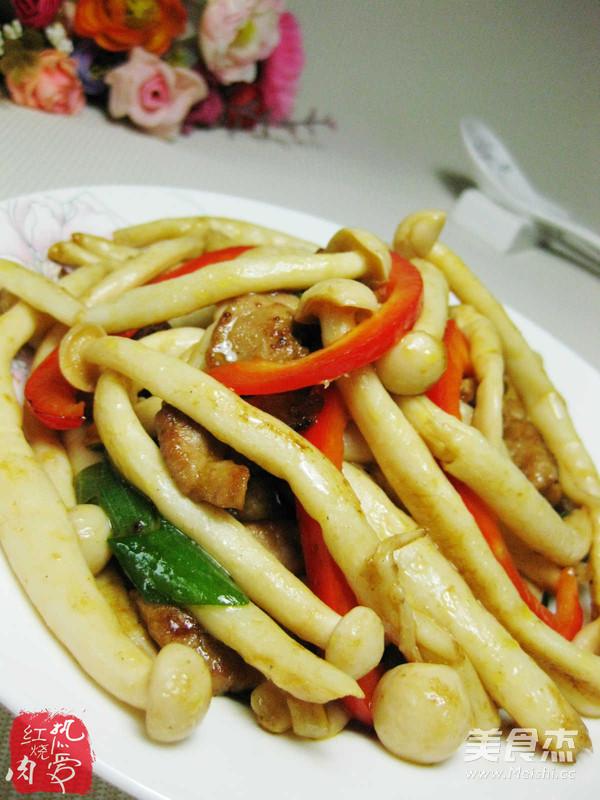 蚝油海鲜菇成品图