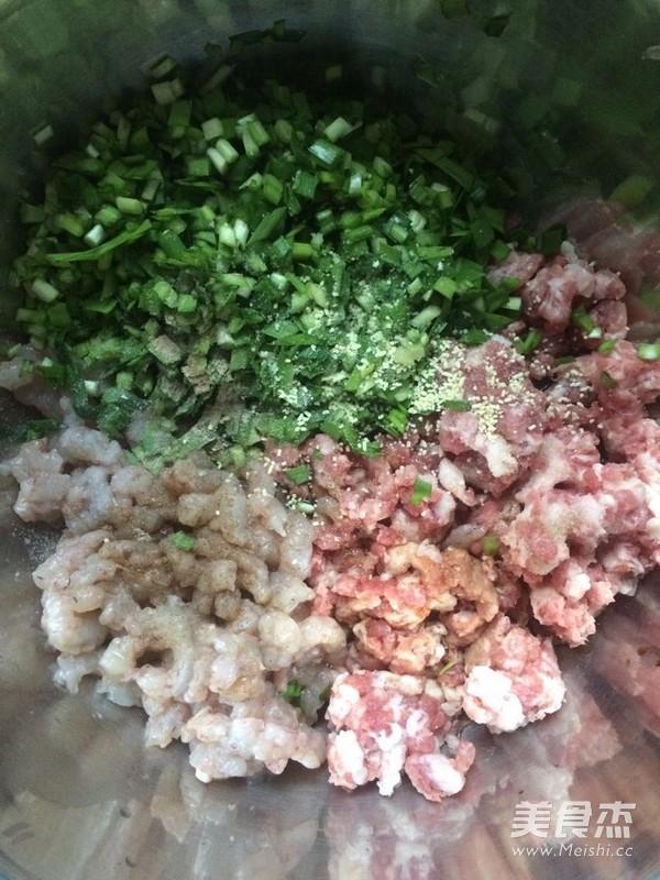 猪肉鲜虾水饺的做法图解