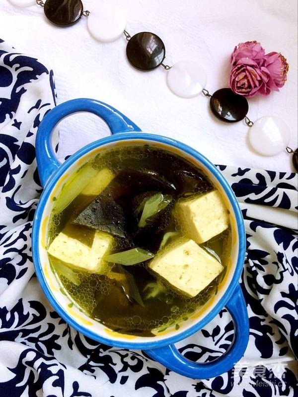 家常海带豆腐汤成品图