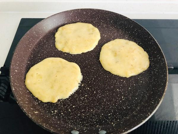 宝宝辅食:香蕉鸡蛋软饼怎么炒