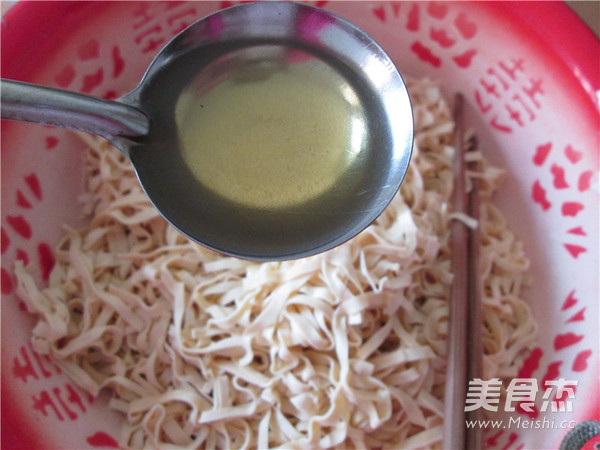 大葱炝干豆腐丝怎样炖