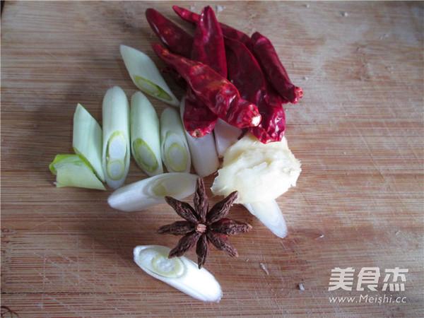 五花肉酸菜炖粉条怎么吃