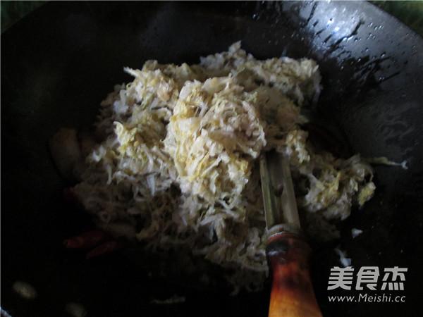五花肉酸菜炖粉条怎样煮