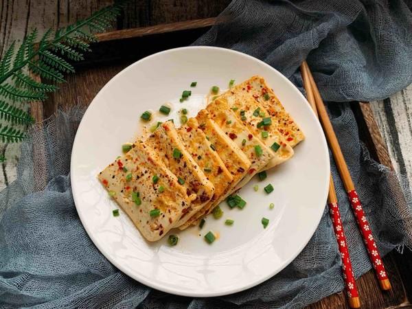 香煎嫩豆腐成品图