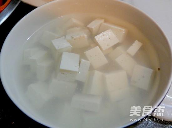 味噌豆腐紫菜汤的步骤