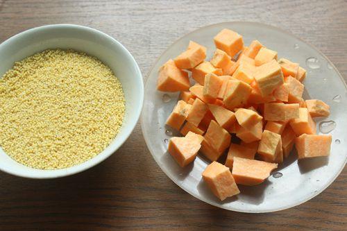 红薯小米粥的步骤