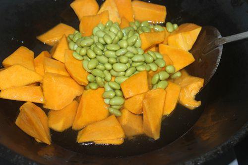 南瓜毛豆疙瘩汤的步骤
