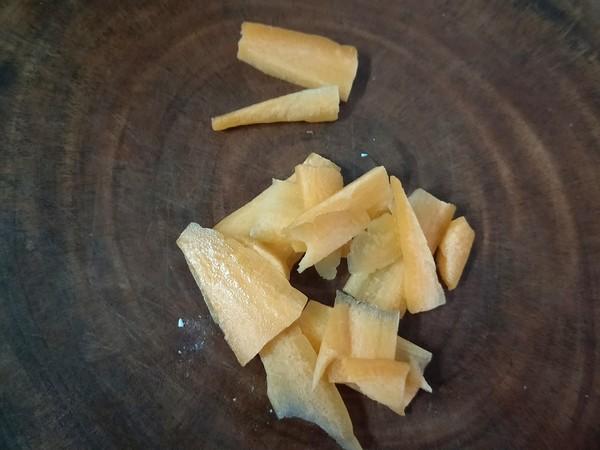 香干笋片炒大蒜苗的简单做法