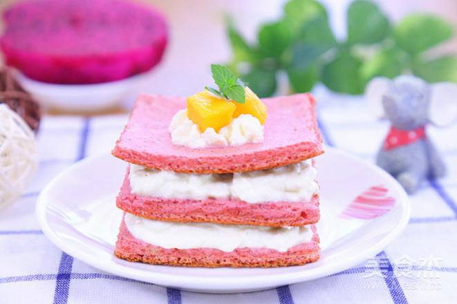 火龙果蛋糕  宝宝辅食食谱成品图